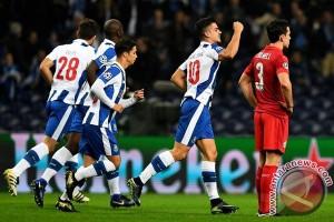 Porto hancurkan Leicester 5-0 untuk lanjut fase gugur