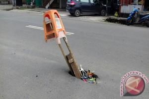 Pembatas Nyaris Tak Ada, Jalan Sukarami Rawan Kecelakaan
