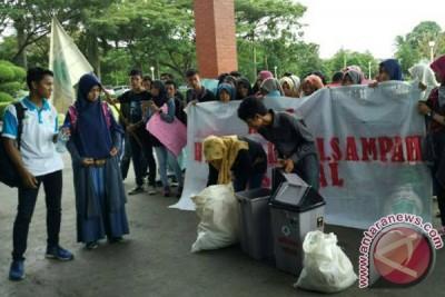 Mahasiswa Bengkulu Serukan Kampus Bebas Sampah