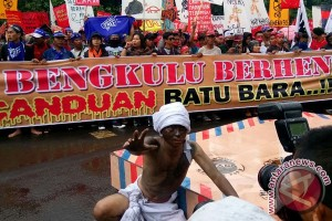 Warga Bengkulu Datangi KPK Protes PLTU Batubara