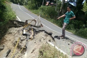 Jalan Provinsi Di Mukomuko Terancam Putus