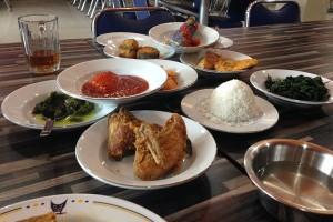 """Restoran Diminta Tidak """"Vulgar"""" Berjualan Selama Ramadhan"""