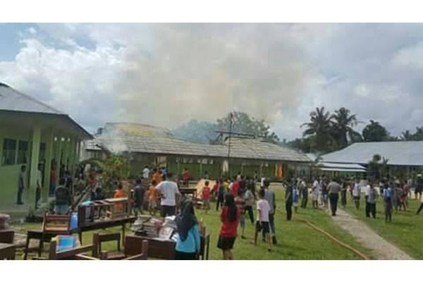Kerugian Akibat Kebakaran Gedung Sekolah Rp800 Juta