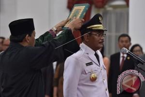 Presiden Lantik Djarot Gubernur DKI