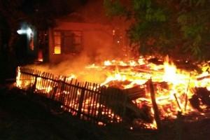Kebakaran Hanguskan Dua Rumah Warga Mukomuko