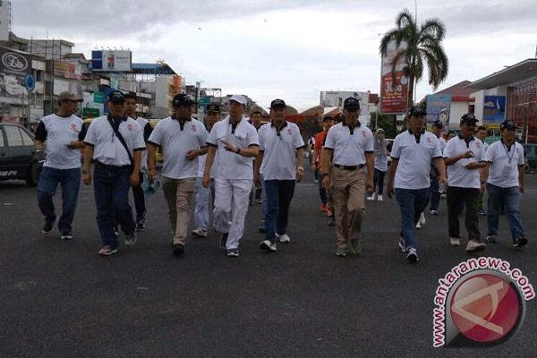 Gubernur Bengkulu Lepas Jalan Sehat