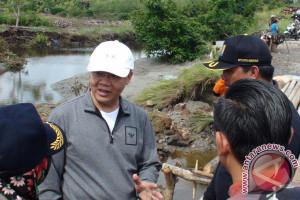 Plt Gubernur : Tiga Jembatan Putus Segera Dibangun