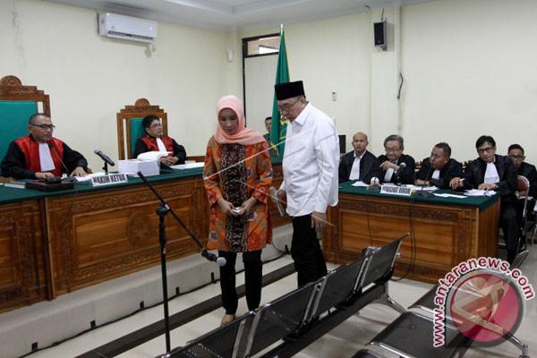 Gubernur Bengkulu Nonaktif Jalani Sidang Perdana