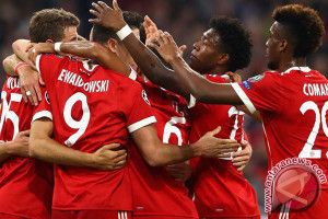 Dua Gol Lewandowski Perpanjang Laju Kemenangan Bayern