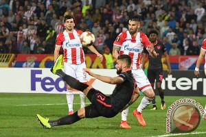 Sepakan Akrobatik Giroud Bawa Arsenal Unggul Atas Belgrade