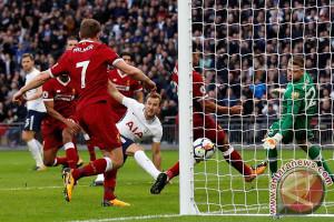 Kane Cetak Dua Gol Saat Tottenham Hancurkan Liverpool