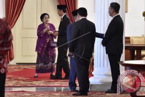 Jokowi Bertemu Megawati Selama Tiga Jam