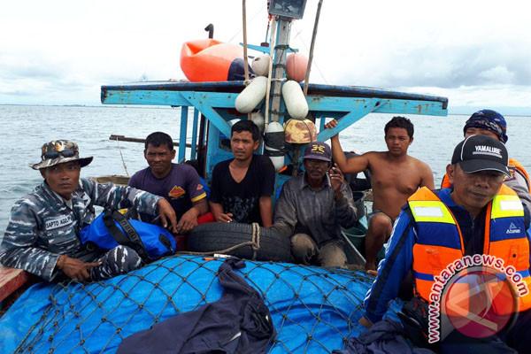 """Membersihkan """"Trawl"""" Dari Laut Bengkulu"""