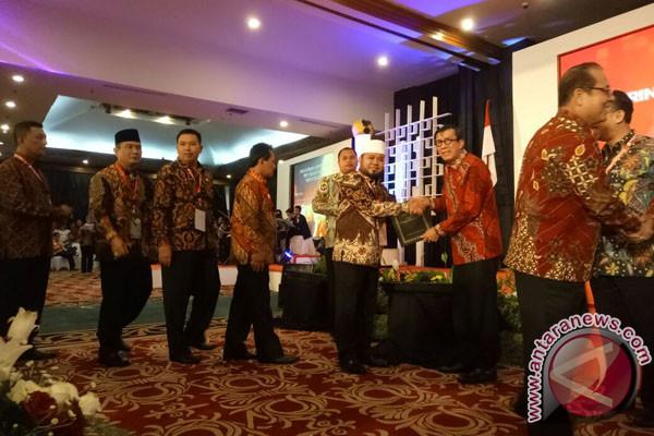Kota Bengkulu Terima Penghargaan Kota Peduli HAM