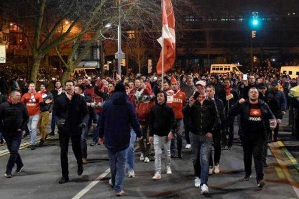 Seorang polisi tewas pada kerusuhan penggemar Spartak