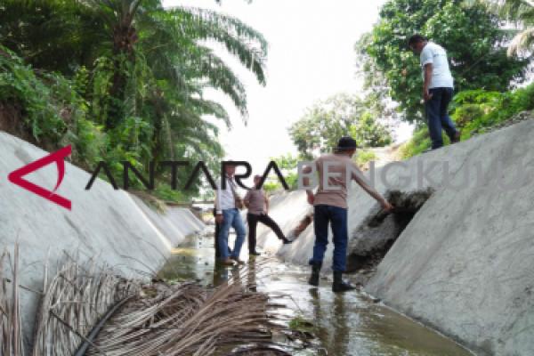 Bupati Bengkulu Selatan geram saluran air dijebol pemilik kolam