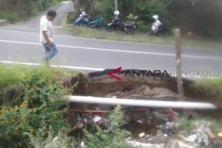 Drainase rusak di Rejang Lebong mengancam jalan protokol