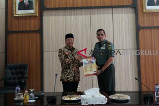 Bertemu Pangdam Sriwijaya Gubernur Bengkulu tingkatkan kerjasama kesiagaan bencana