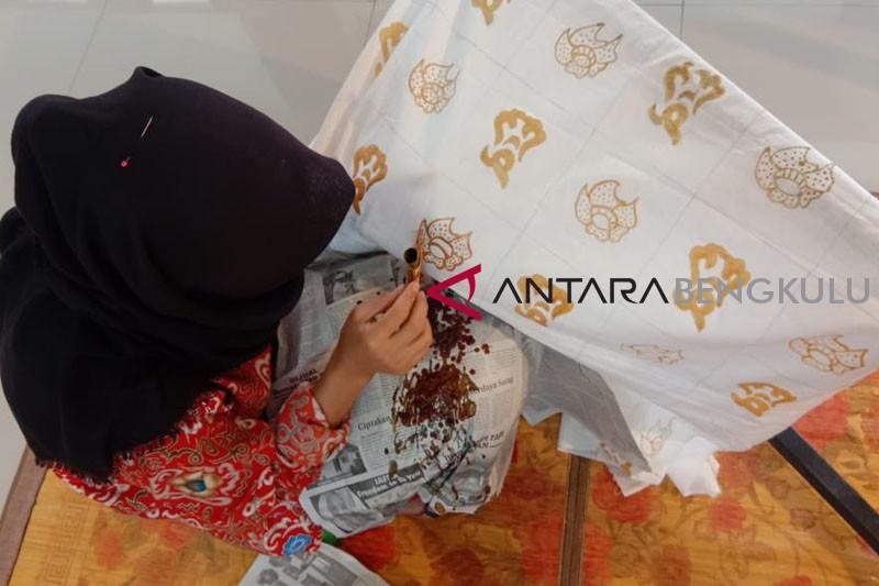 Dekranasda Bengkulu dorong kemajuan industri kriya