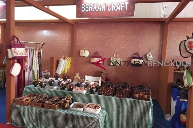 Meraup rupiah di Bengkulu Expo