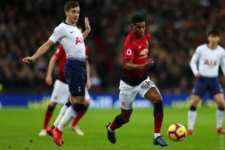 Manchester United jungkalkan Tottenham di Wembley
