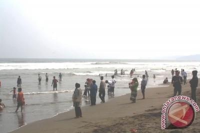 Bekasi Garap Wisata Bahari Dua Kecamatan