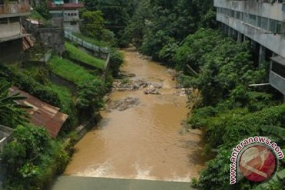 Pemkot Bekasi Desak Pusat Normalisasi Kali Bekasi
