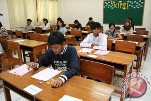 Kemeristekdikti Tinjau Pelaksanaan SBMPTN Di Bogor