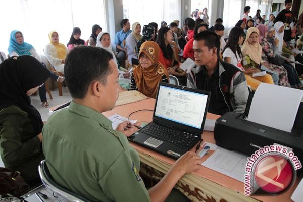 Penerimaan Siswa Baru (PSB) yang berlaku secara online. ((Foto Antara