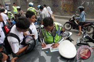 Pelajar Karawang Dilarang Gunakan Sepeda Motor