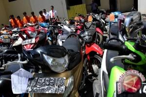 Ratusan Motor Tindak Kejahatan Dikembalikan Ke Pemiliknya