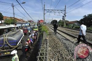 Reaktifasi Jalur Kereta Bogor-Bandung Selesai 2018