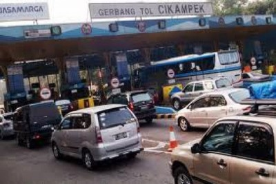 Arus Mudik Jakarta-Cikampek Bertambah 10 Persen