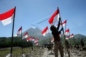 17.845 Bendera Meriahkan Festival Merah Putih