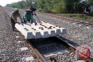 Polsuska Sukabumi Ringkus Penjarah Rel Kereta Api