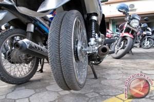Perampokan Sepeda Motor Di Jalan Lintas Sumatera