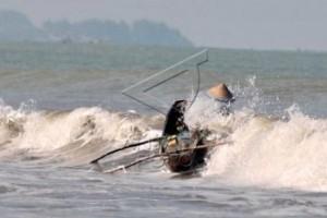 Dua Pemancing Hilang Tenggelam Di Laut Banten