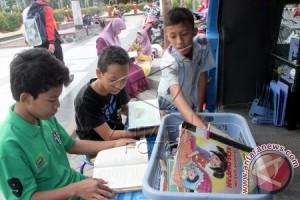 Perpustakaan Keliling Dorong Minat Warga Bogor Membaca