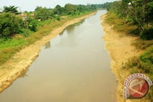 Pemkab Karawang Minta BBWS Normalisasi Sungai Cibeet