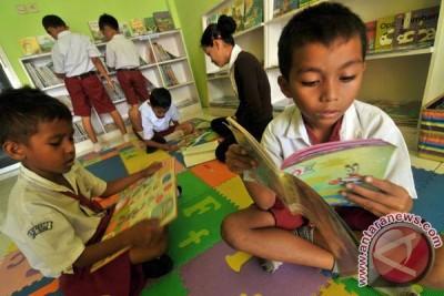 Komunitas Pecandu Buku Dorong Minat Baca Remaja