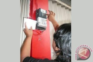 Waduh, 8.000 Pelanggan PLN Bekasi Menumpang Listrik Tetangga