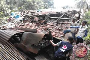 Waduh, Tiga Kecamatan Sukabumi Diterjang Puting Beliung