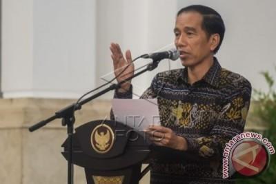 President Urges Indonesian Media To Build Public Optimism