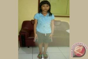 Bocah Perempuan Asal Jakarta Tersasar Di Sukabumi