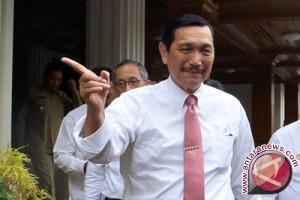 Luhut Bahas KA JKT-SBY Dengan PM Jepang