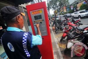 Wali Kota Bekasi Instruksikan Benahi Pajak Parkir