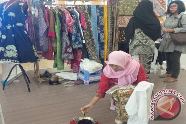 Bekasi libatkan swasta bangun stan promosi batik