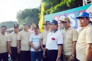 Wagub Lampung Lepas Jalan Sehat Spektakuler HUT Radar Lampung