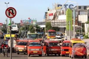 Pemkot Bekasi Tertibkan Trayek Angkutan Umum