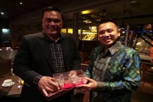 Ridho Focardo Jual Investasi dan Wisata Lampung Ke Prancis